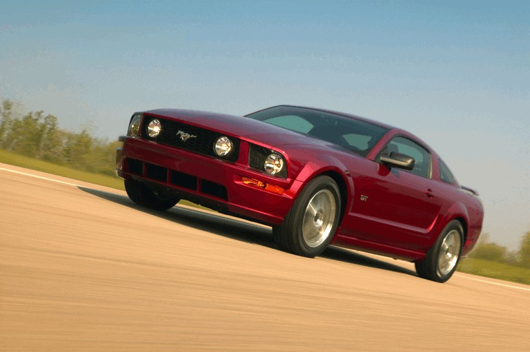 2005 Ford Mustang GT 486967