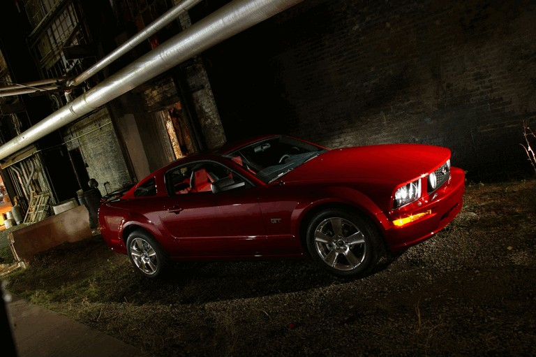 2005 Ford Mustang GT 486981
