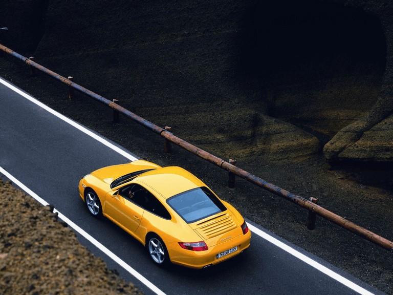 2005 Porsche 911 Carrera 206044