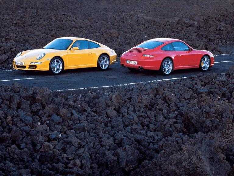 2005 Porsche 911 Carrera 206049