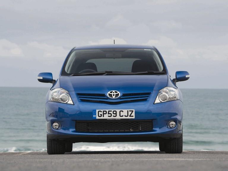 2010 Toyota Auris - UK version 292013