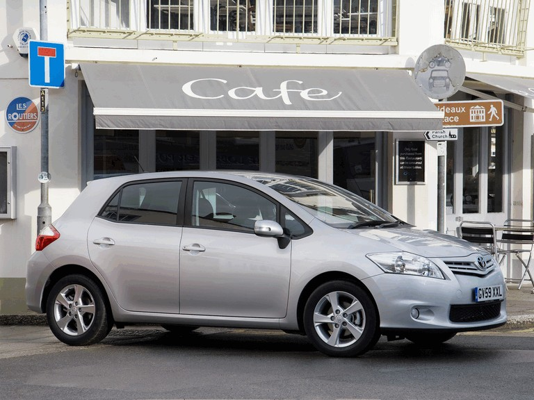 2010 Toyota Auris - UK version 292024