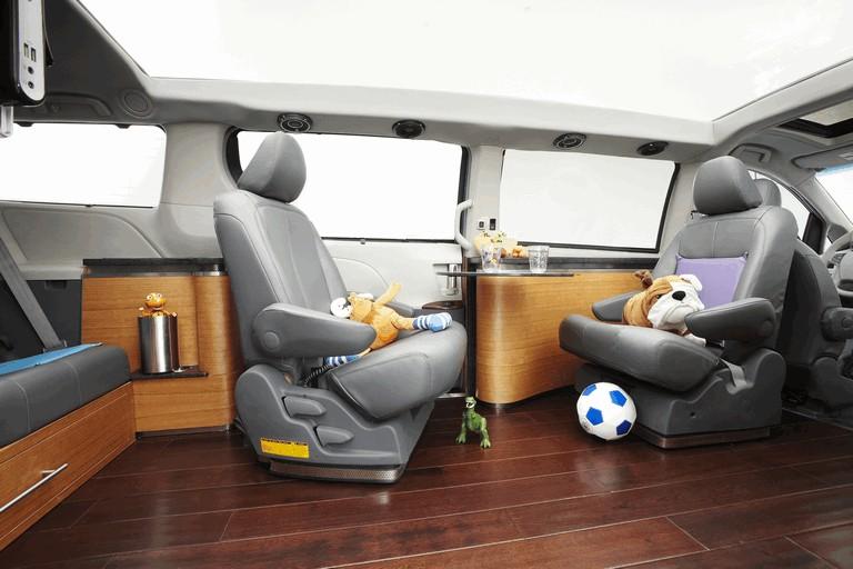 2010 Toyota Sienna Swagger Wagon Supreme ( SEMA ) 292055