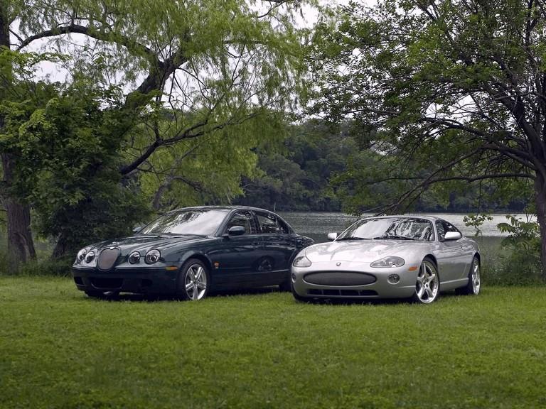 2005 Jaguar XKR coupé 206680