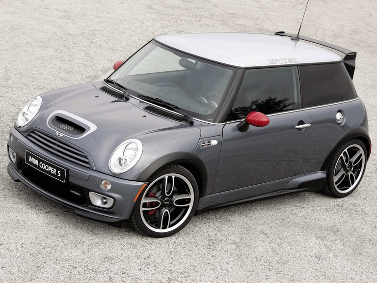2005 Mini Cooper S with John Cooper Works GP Tuning Kit 207095