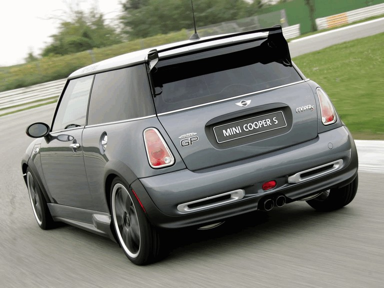 2005 Mini Cooper S with John Cooper Works GP Tuning Kit 207100