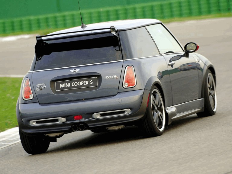 2005 Mini Cooper S with John Cooper Works GP Tuning Kit 207104