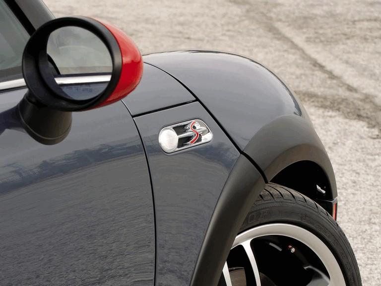 2005 Mini Cooper S with John Cooper Works GP Tuning Kit 207115