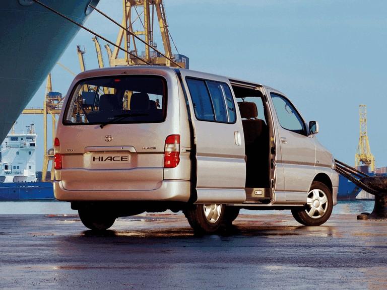 2006 Toyota Hiace 295815