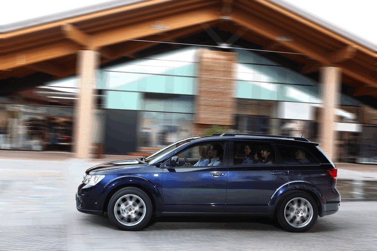 2011 Fiat Freemont 295986