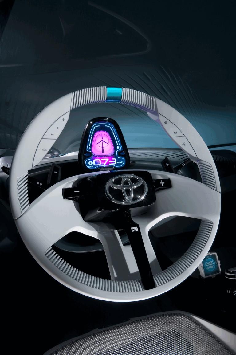 2011 Toyota Prius C concept 297699