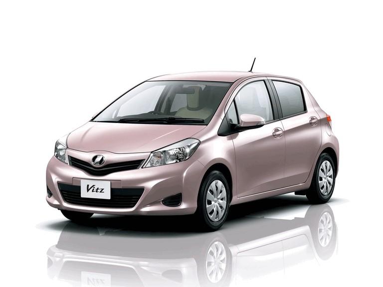 2011 Toyota Vitz 297788