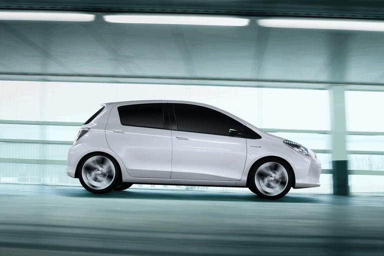 2011 Toyota Yaris HSD concept 297802