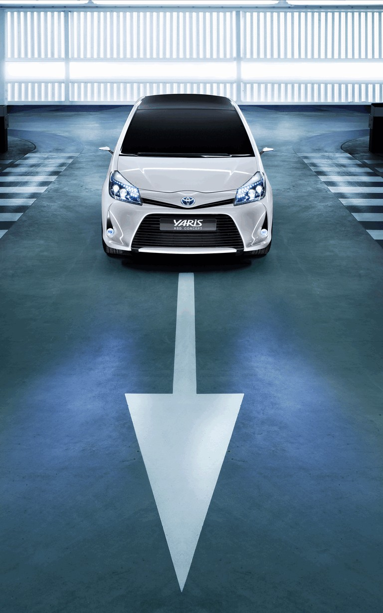 2011 Toyota Yaris HSD concept 297812