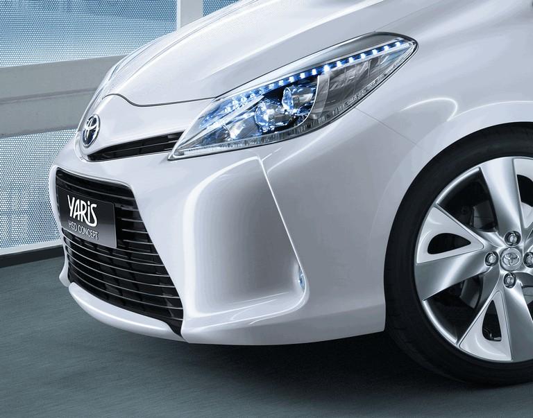 2011 Toyota Yaris HSD concept 297814