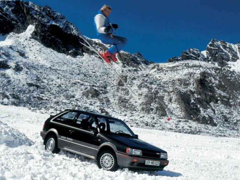 1987 Mazda 323 4WD ( BF ) 299601