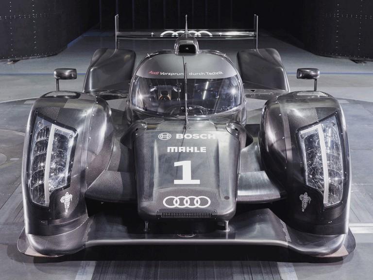 2011 Audi R18 300194