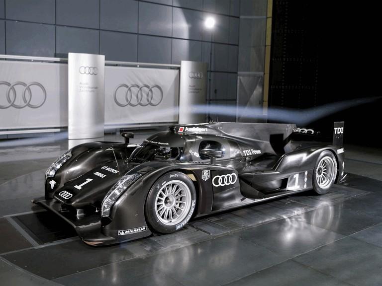 2011 Audi R18 300196