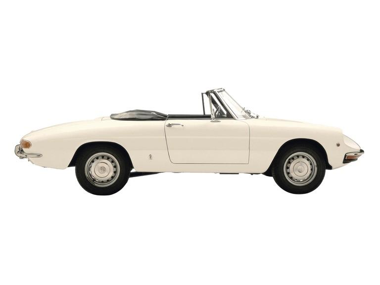 1966 Alfa Romeo Spider Duetto 301325