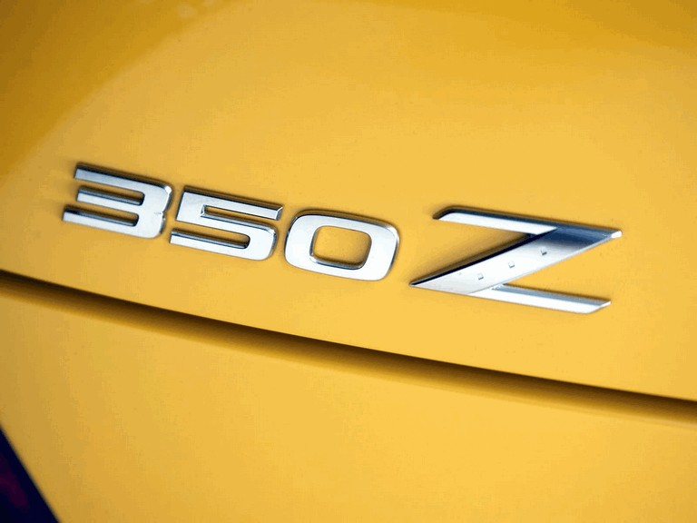 2004 Nissan 350Z 35th anniversary 207828