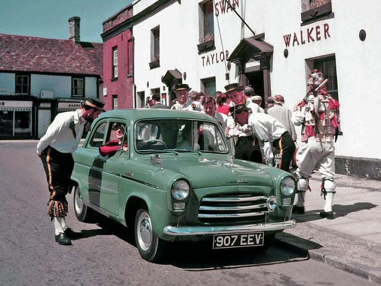 1953 Ford Anglia 100E 301658