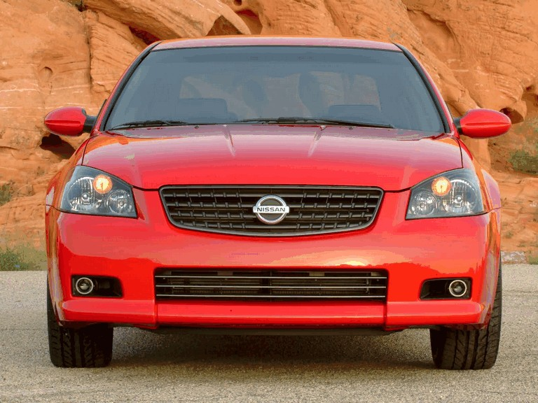 2005 Nissan Altima-SE-R 207887