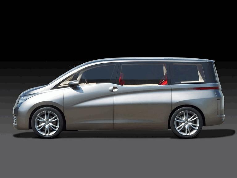 2005 Nissan Amenio 207890