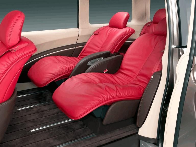 2005 Nissan Amenio 207905
