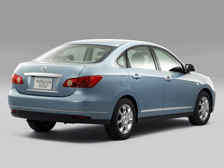 2005 Nissan Bluebird Sylphy preview 207909