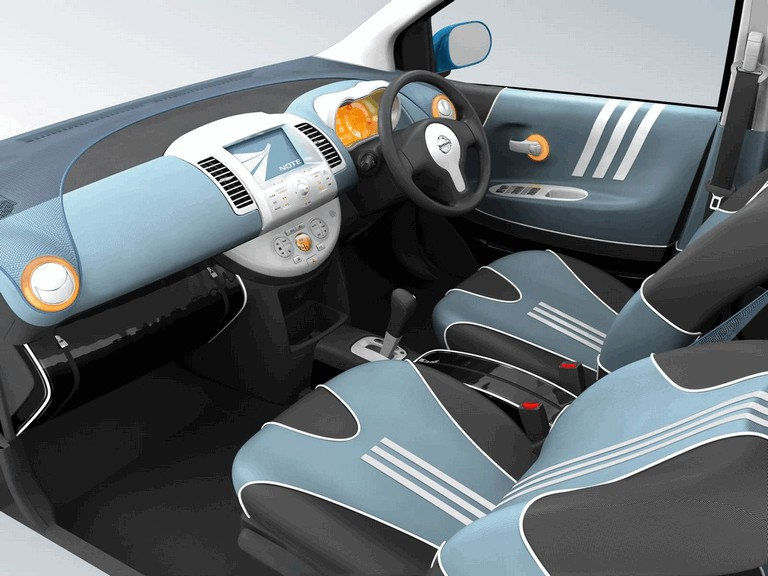 2005 Nissan Note inspired by Adidas 207977