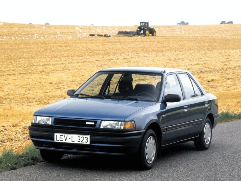 1989 Mazda 323 ( BG ) sedan 302061