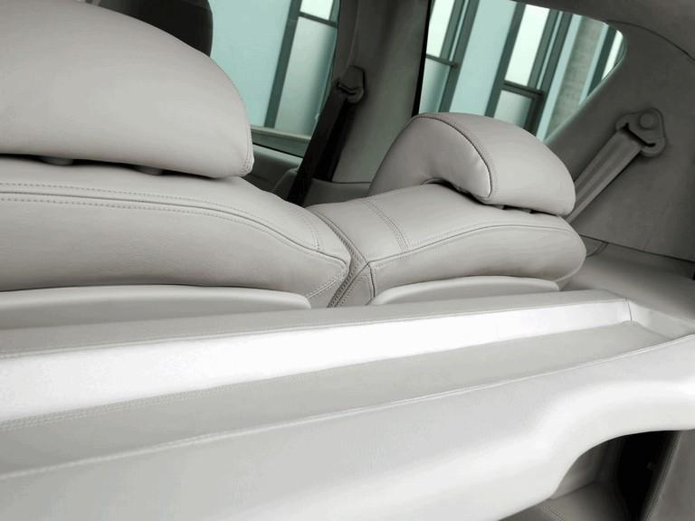 2005 Peugeot 1007 D-Day concept 208122