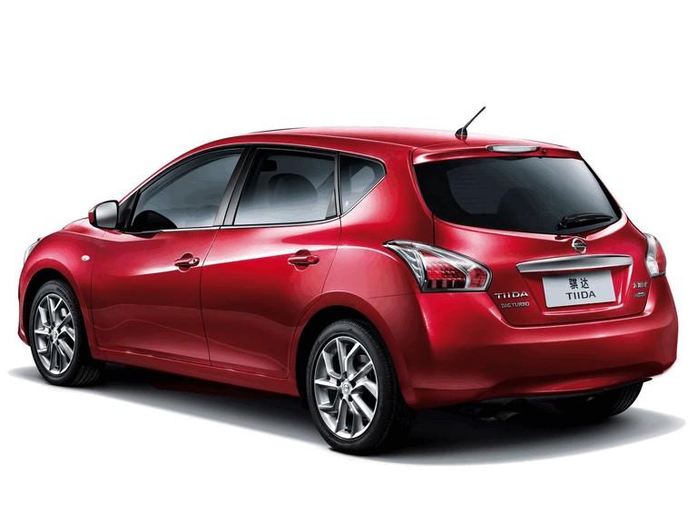 2011 Nissan Tiida 303242