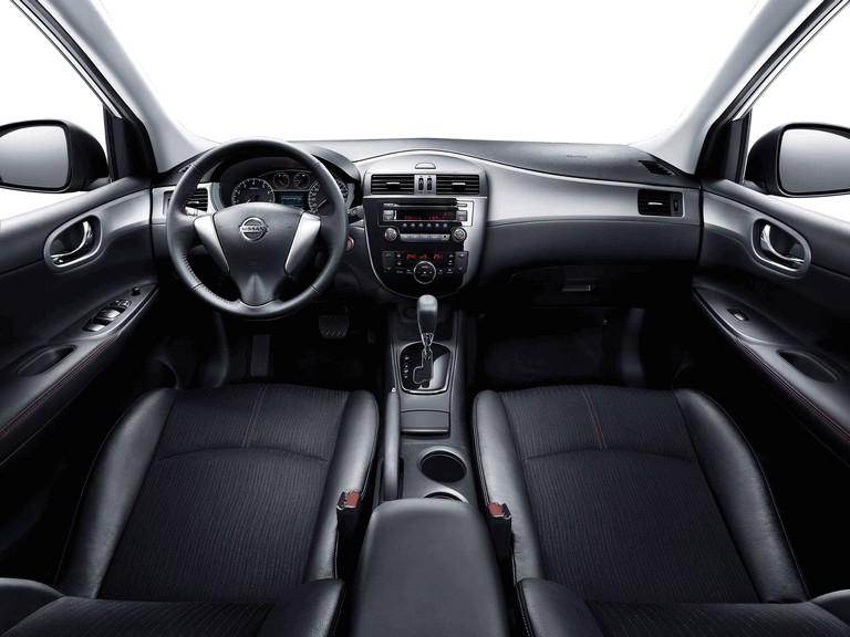 2011 Nissan Tiida 303243