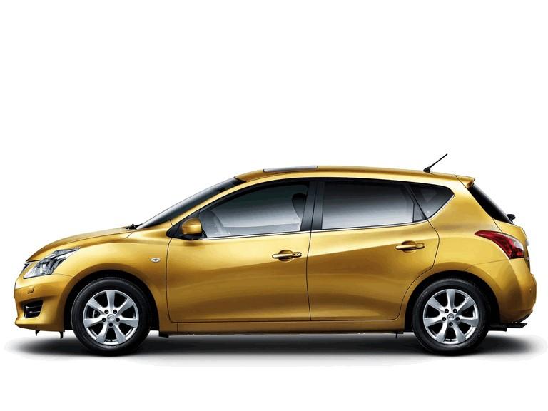 2011 Nissan Tiida 303245