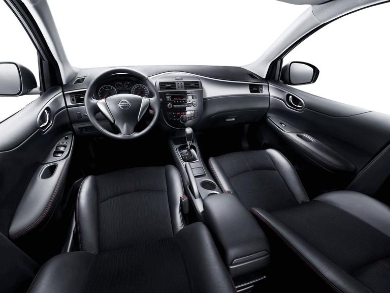 2011 Nissan Tiida 303248