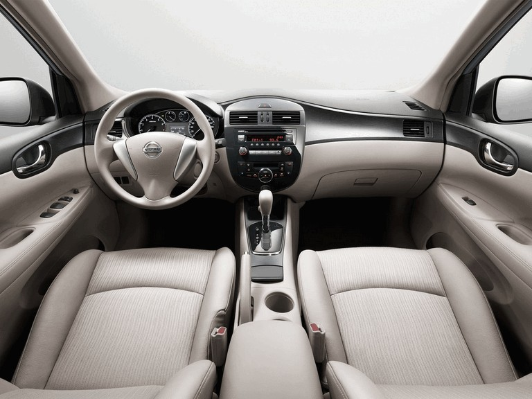 2011 Nissan Tiida 303249