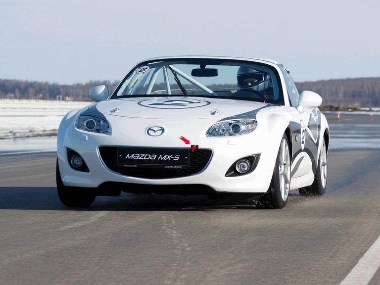 2011 Mazda MX-5 GT race car 303327