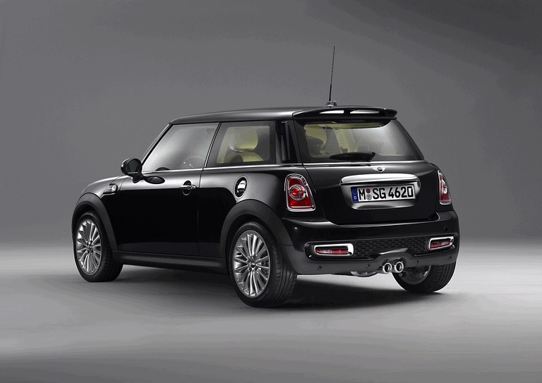 2011 Mini Inspired by Goodwood 303332