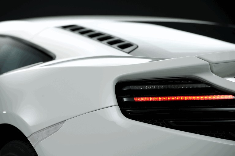 2011 McLaren MP4-12C white edition 471449