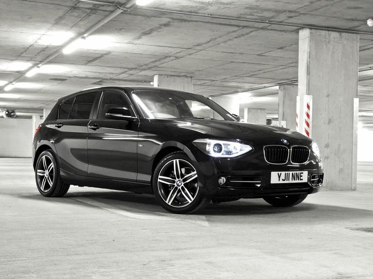 2011 BMW 118i ( F20 ) 5-door Sport Line - UK version 309896