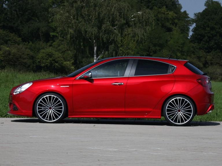 2011 Alfa Romeo Giulietta by Novitec 311035