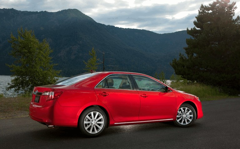 2012 Toyota Camry XLE 311223