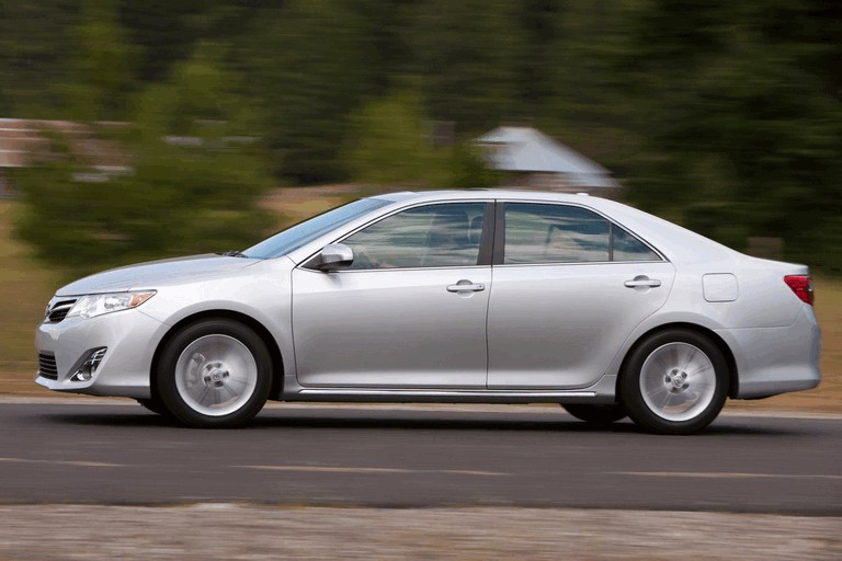 2012 Toyota Camry XLE 311227