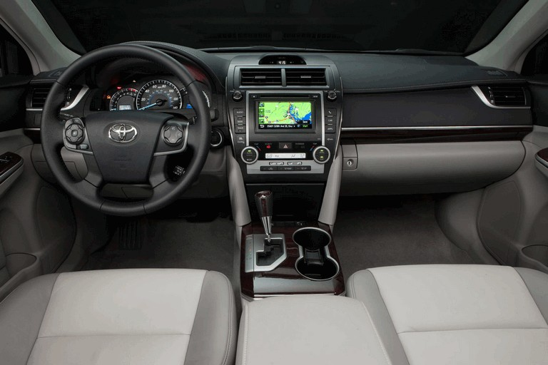 2012 Toyota Camry XLE 311231