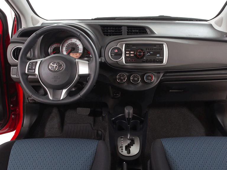 2011 Toyota Yaris SE 5-door - USA version 311283