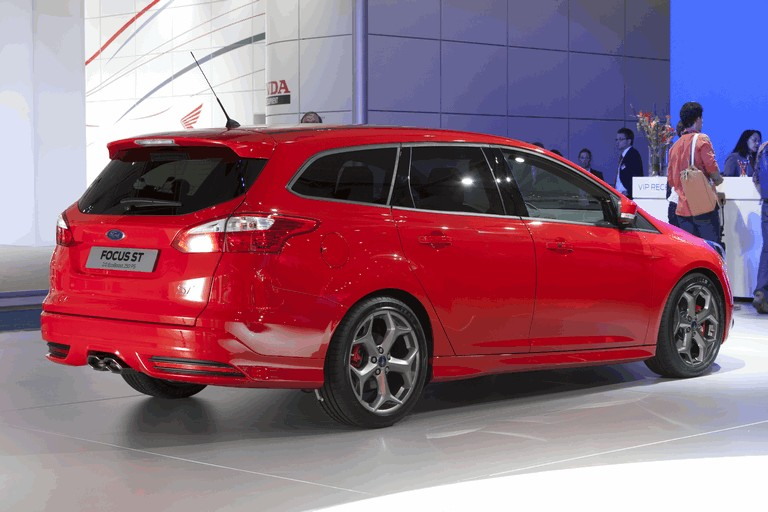 2011 Ford Focus ST wagon 312455