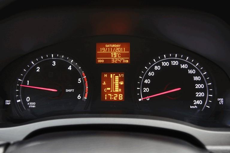 2011 Toyota Avensis 324780