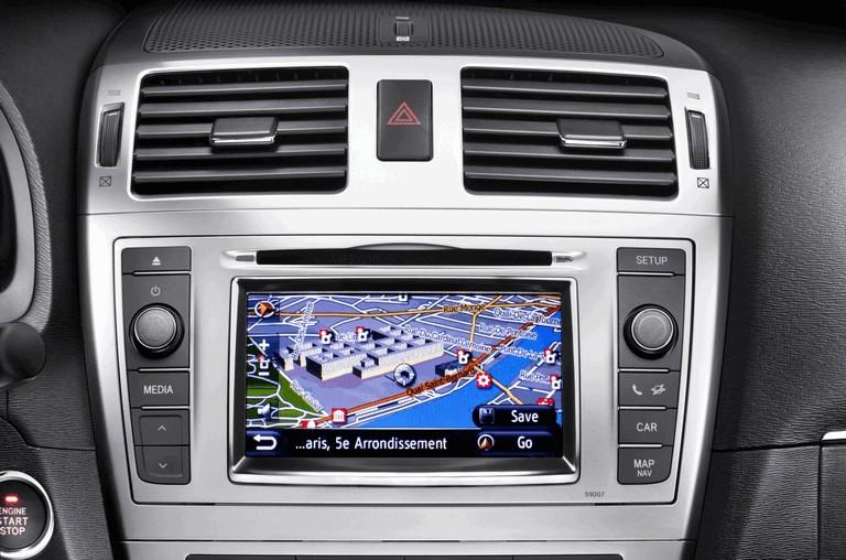 2011 Toyota Avensis 324786