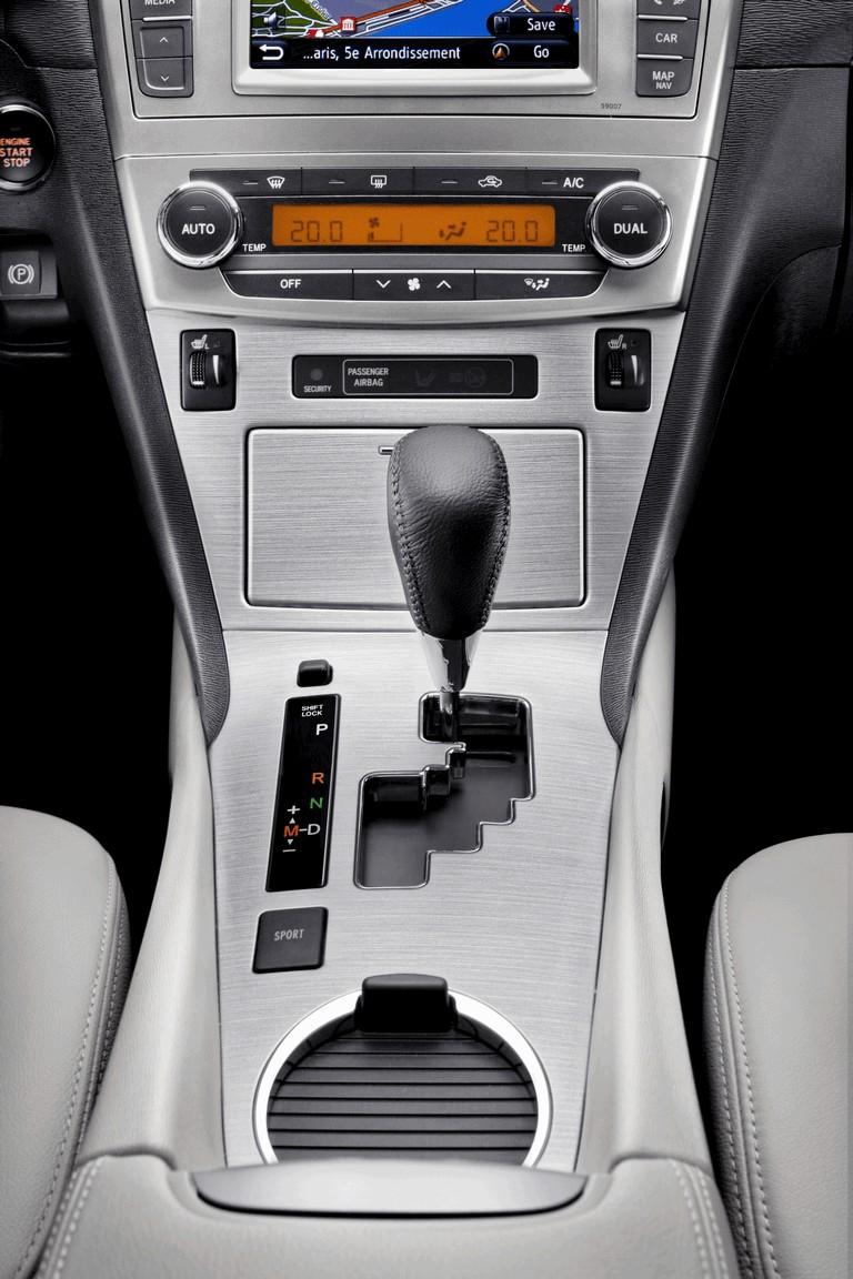 2011 Toyota Avensis 324787